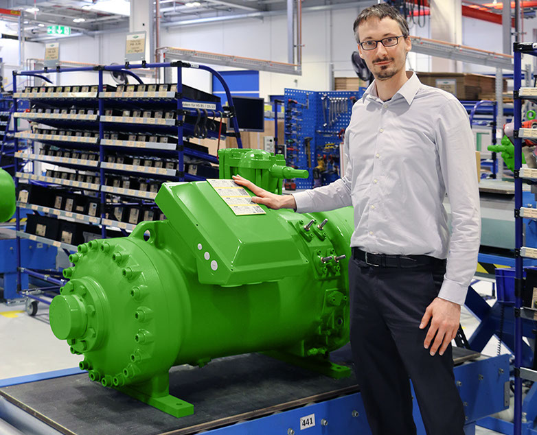 The label with QR code applied to BITZER compressors has been offering better protection against product piracy since 1 April 2015