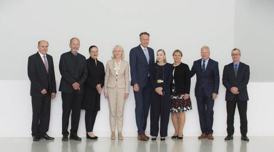 Hermann Renz, Professor Hans Quack, Marion Johannsen, Barbara Bergmann, Ingo Smit, Christiane Schaufler-Münch, Ingrid Bossert-Spiegelhalder, Professor Peter Pfeiffer, Dr. Tayfun Belgin (f. l.)