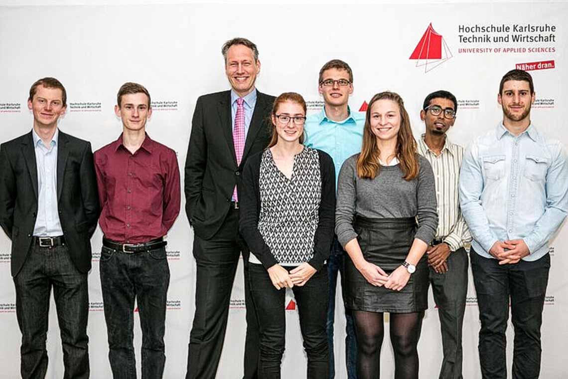 Seit 2011 fördert THE SCHAUFLER FOUNDATION besonders leistungsstarke und engagierte Studierende mit dem Deutschlandstipendium