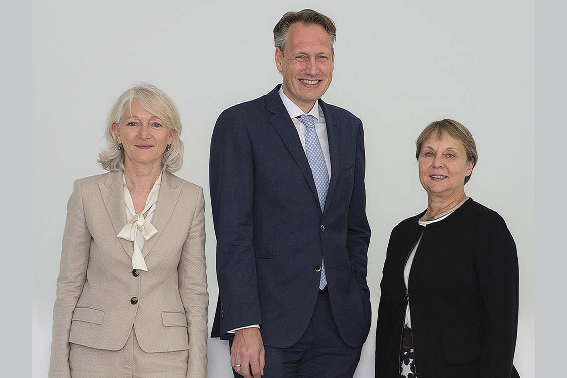 THE SCHAUFLER FOUNDATION Management Board with Barbara Bergmann, Ingo Smit and Ingrid Bossert-Spiegelhalder (f. l.)