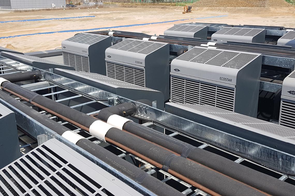 比泽尔 ECOSTAR 机组即使在室外温度较高的条件下仍能保持可靠运行
