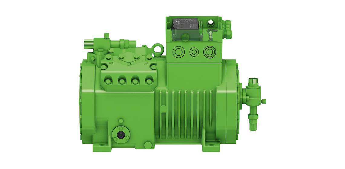 BITZER Schkeuditz manufactures reciprocating compressors – here is a model from the ECOLINE+ line for CO₂ applications with an IQ module and permanent magnet motor