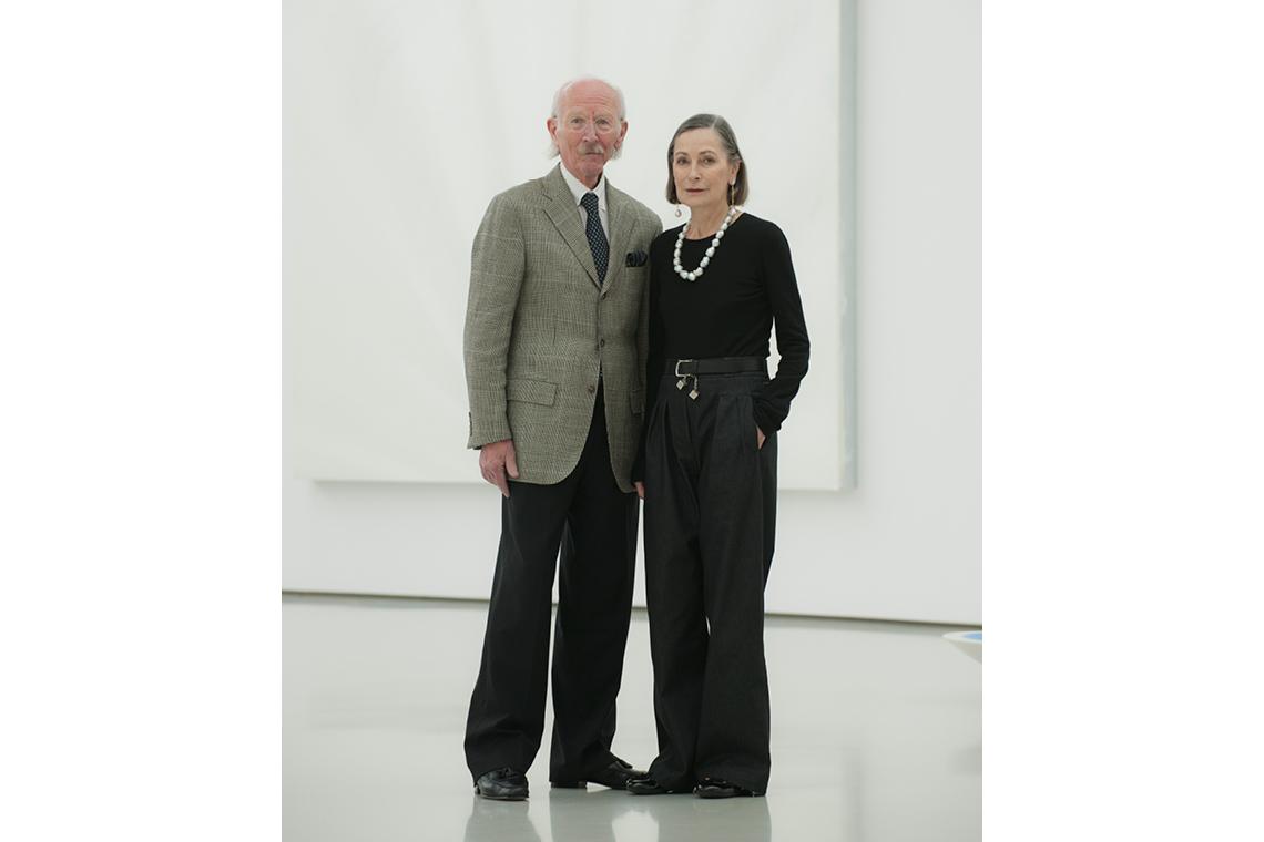 Peter Schaufler und Christinane Schaufler-Münch stehen im SCHAUWERK nebeneinander