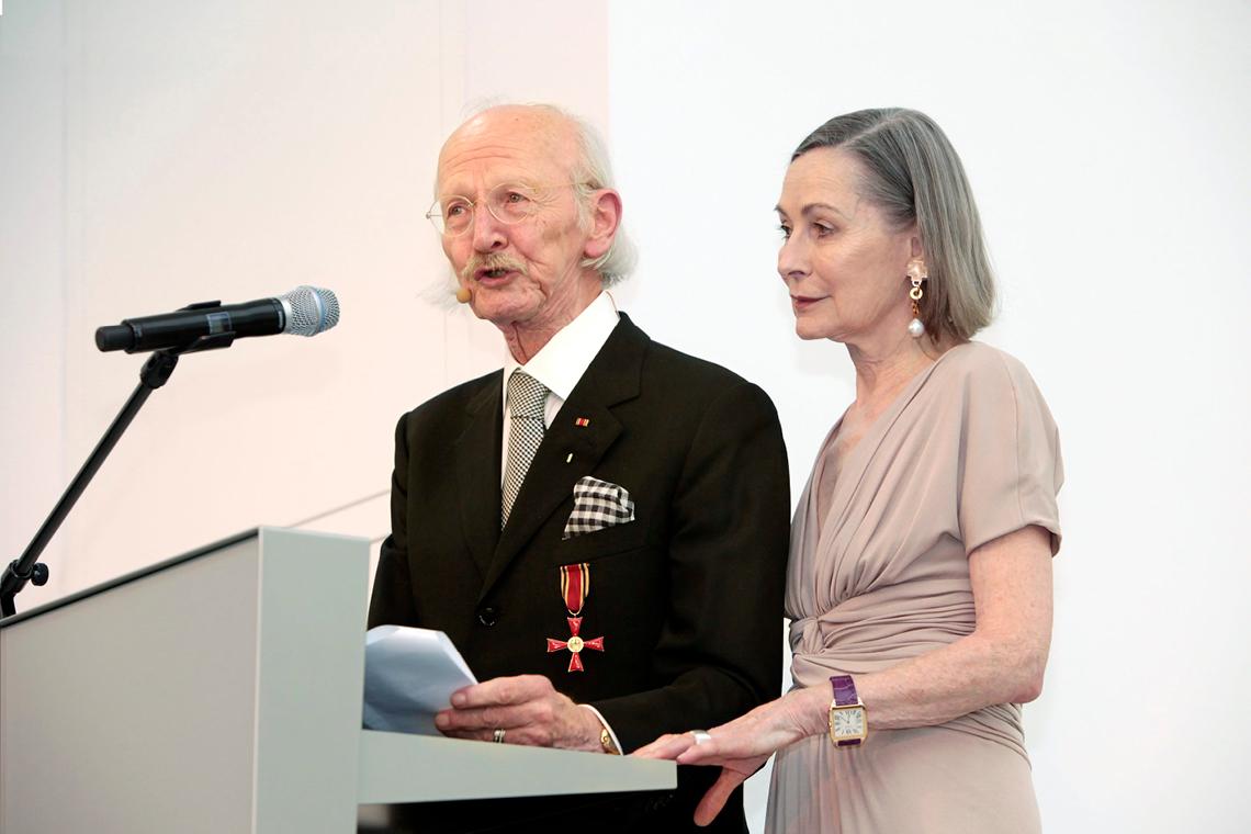 Peter Schaufler und Christiane Schaufler-Münch halten 2010 die Eröffnungsrede bei der Einweihung des SCHAUWERK Sindelfingen