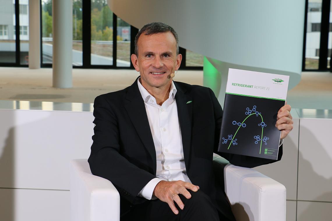 Volker Stamer, Director der SCHAUFLER Academy, war der Moderator und Gastgeber des BITZER Web-Forums