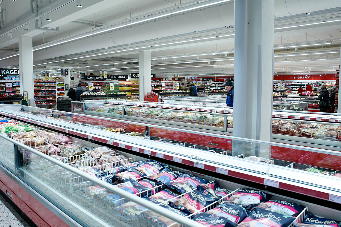 State-of-the-art refrigeration at ABC Lavpris works to satisfy customers on a daily basis